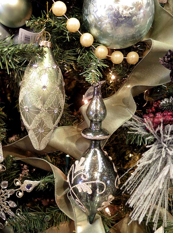 elegant christmas ornaments - Elegant Christmas Decor
