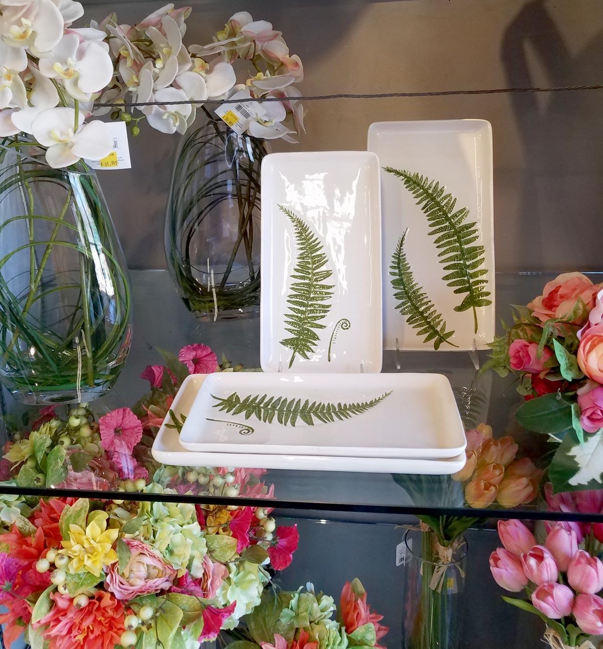 Leaf Print Decorative Dishes
