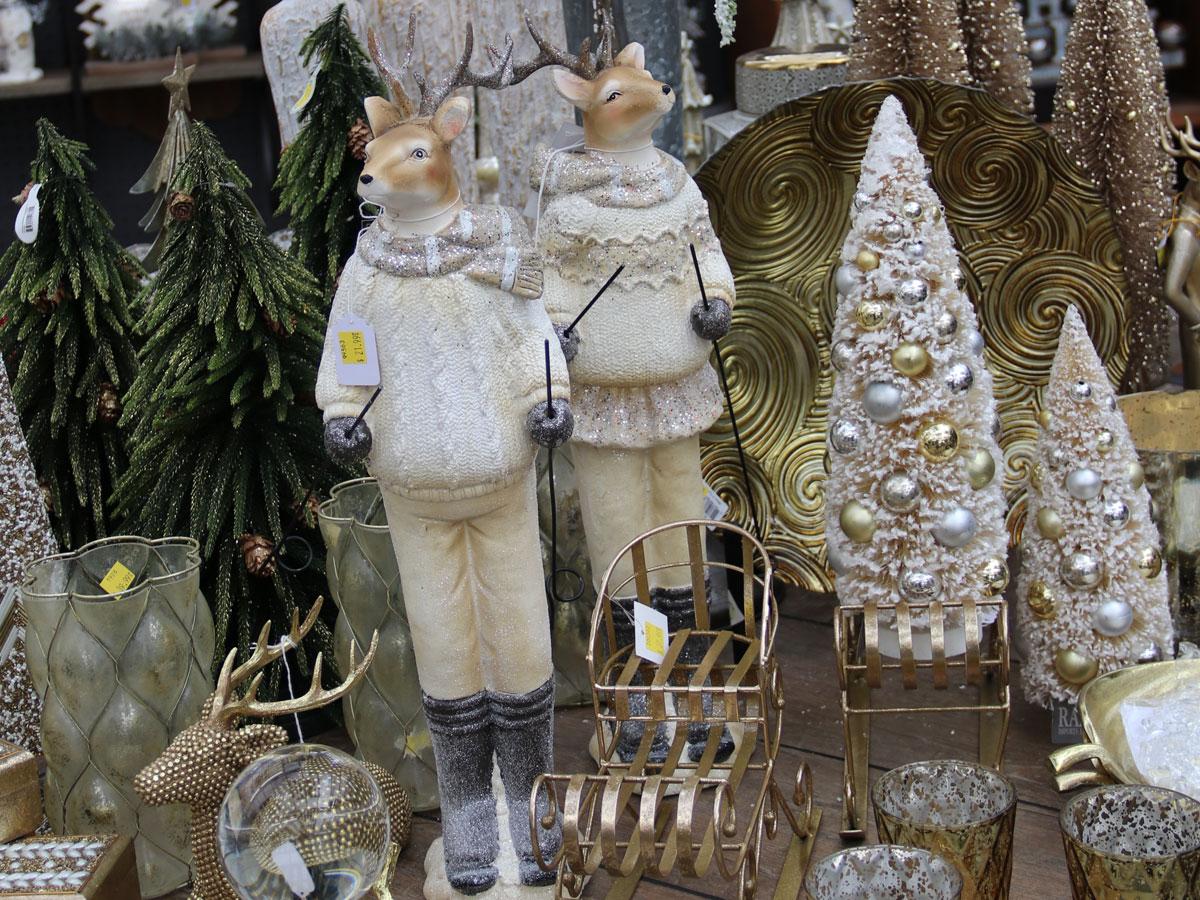 Tree and Reindeer Christmas Decor