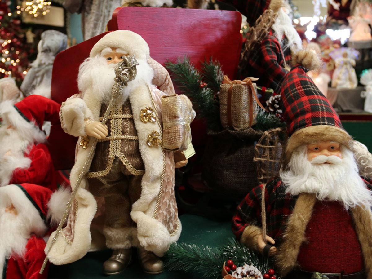 Jolly Santa Figurines