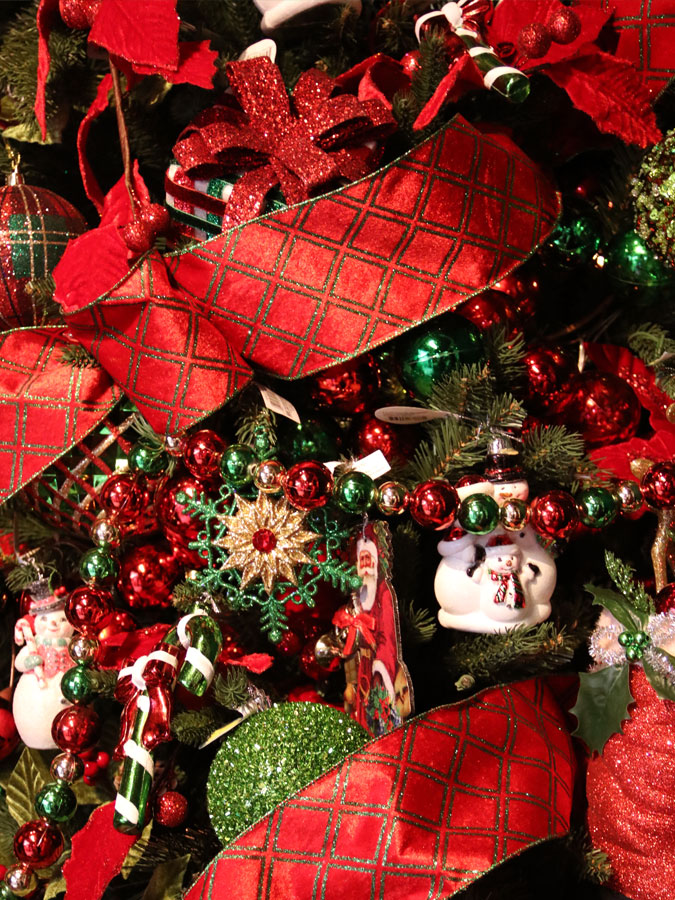 Christmas Trees Decorations And Holiday Supplies Down To Earth Living