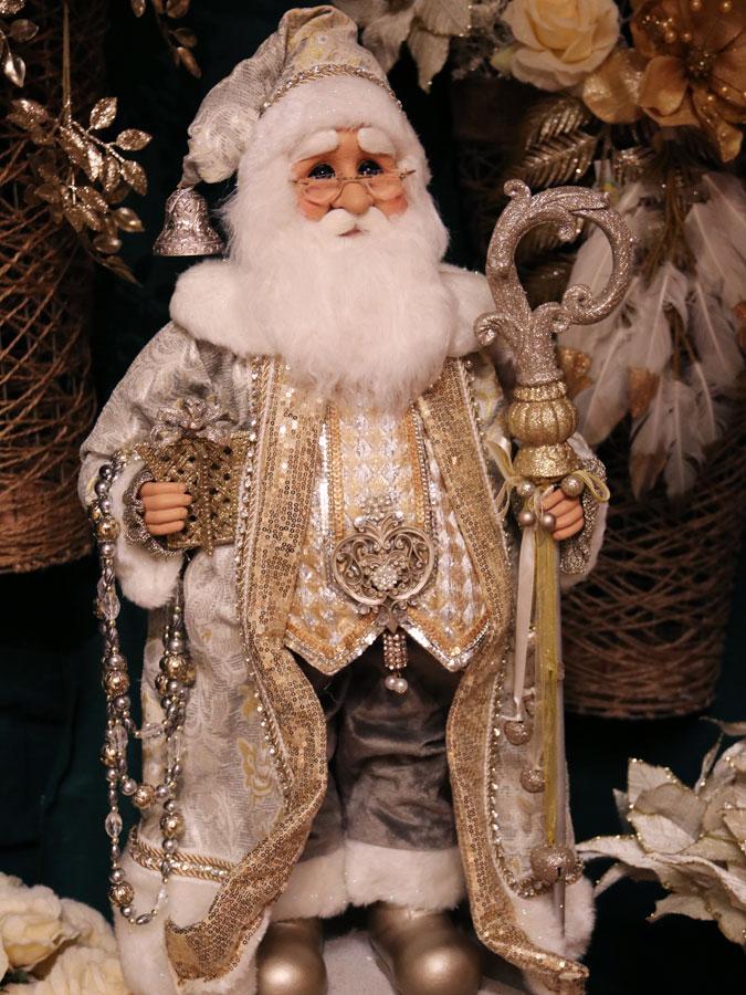 Wiseman Santa Figurine