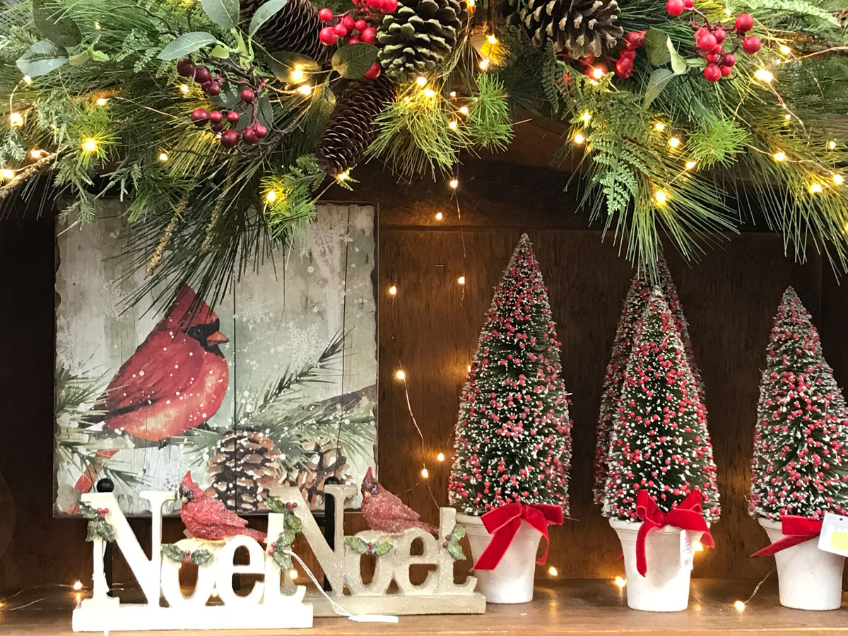 Lit Garland and Cardinal-themed Christmas Decorations