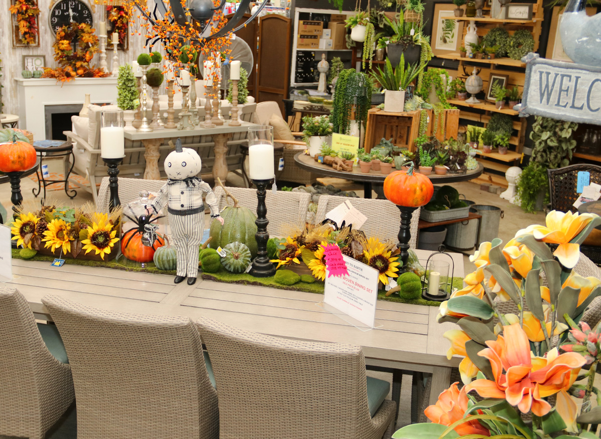 Tablesetting in our Fall Showroom