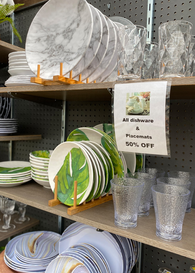 Unique and Eye-Catching Dinnerware