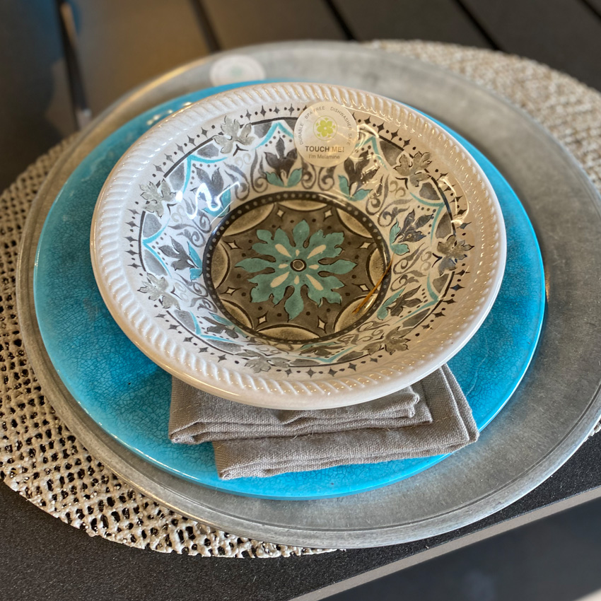 Stunning Indoor/Outdoor Dinnerware