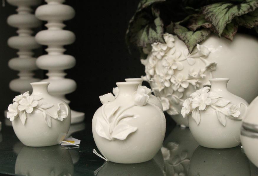 White floral ceramics