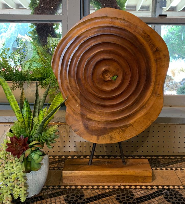 Gorgeous Wooden Sculpture