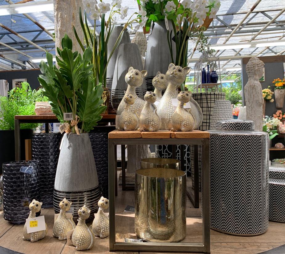 Fun Cat Figurines, Vases and Glassware